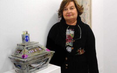 TERESA GANCEDO despliega sus objetos mágicos en Ármaga